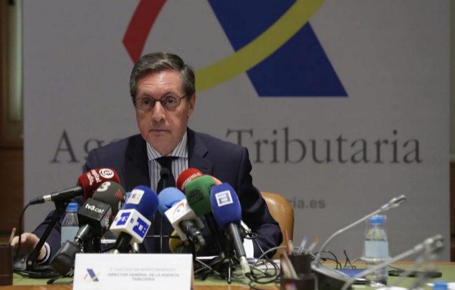 Ejecutivo Agencia Tributaria declaración de la renta