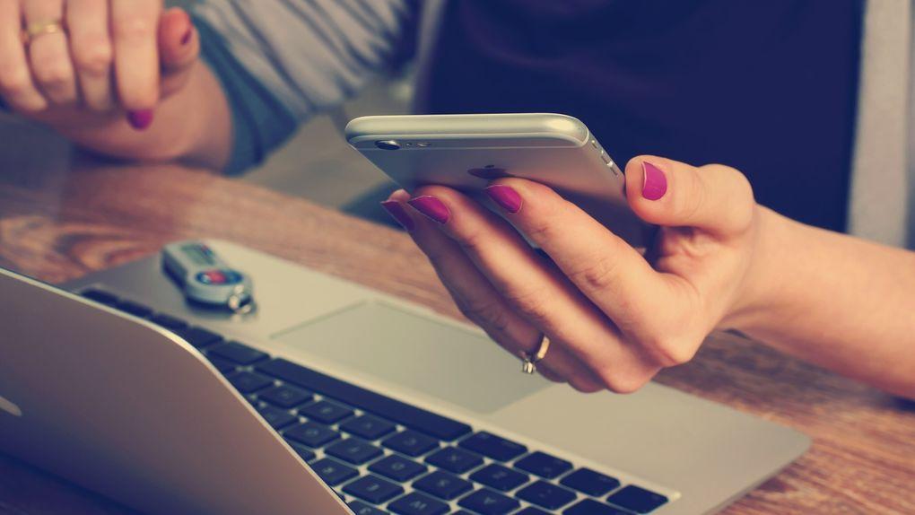 Declaración de la renta por web o app móvil